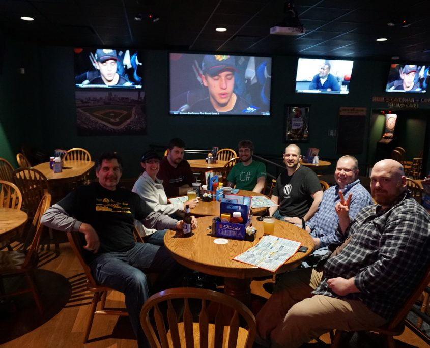 WordPress Crew having dinner at the after party at Tanners Bar and Grill in Cedar Rapids, IA